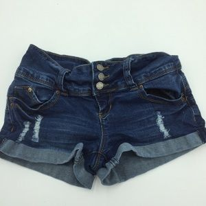 Wannabettabutt YMI distressed booty shorts